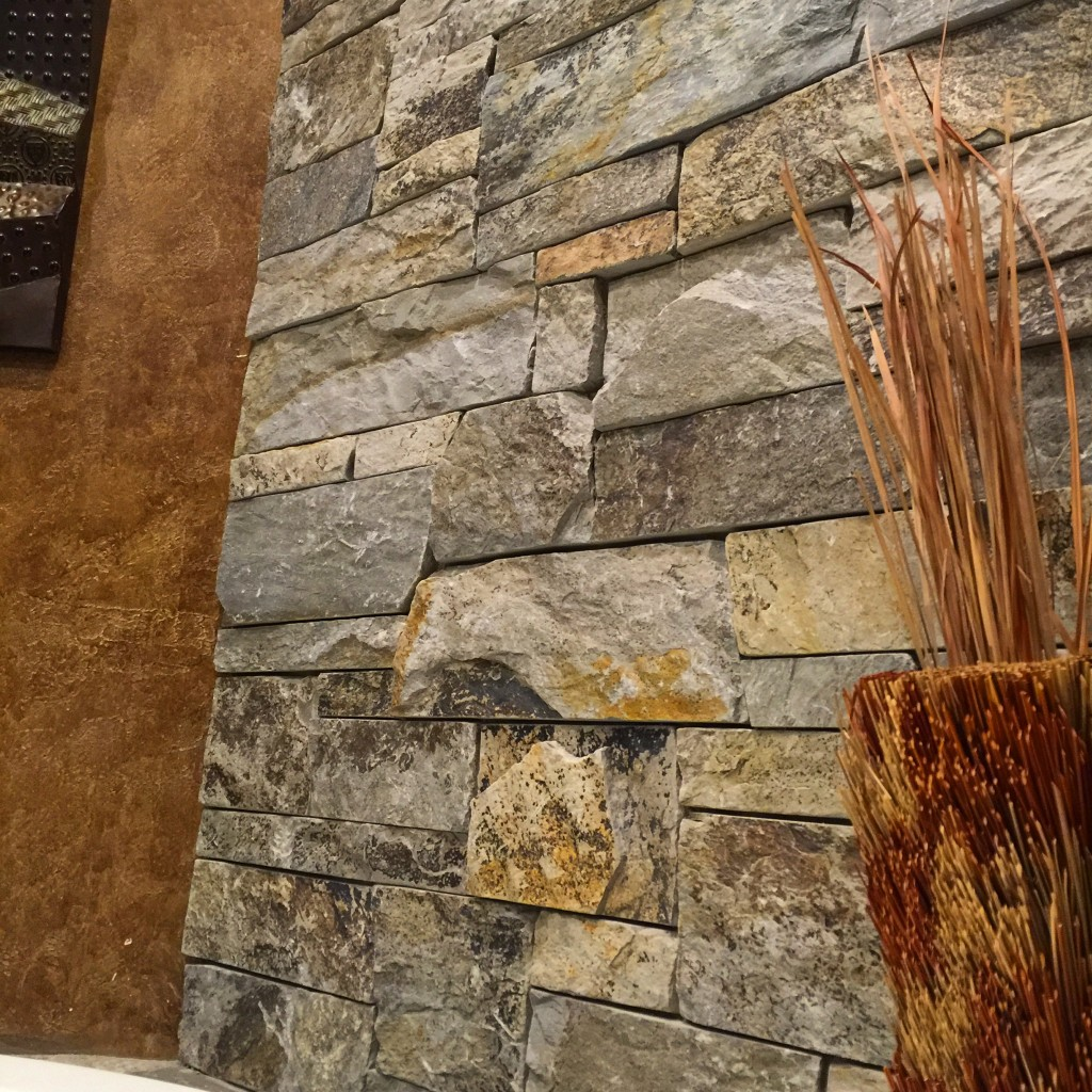 McGregor Lake Ashlar Thin Veneer