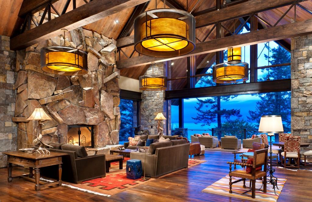 Montana Antique Random Fireplace- Chief Cliff Squares and Recs Columns